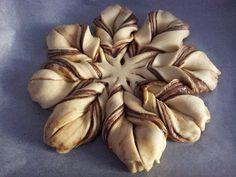 Fiore di Pan Brioche alla Nutella,Braided Nutella Star Bread