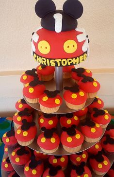 Tortas Minnie y Mickey Mouse Bolo Do Mickey Mouse, Mickey Mouse Baby Shower, Mickey Mouse Cupcakes, Mickey Mouse Clubhouse Birthday, Mickey Mouse Parties, Mickey Birthday, Mickey Party, Birthday Cakes, 2nd Birthday