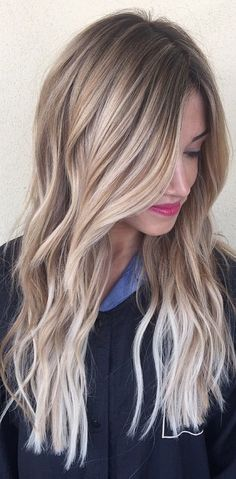 Strähnchen: Babylights, Highlights und Lowlights - All For Hair Color Balayage Onbre Hair, Hair Day, New Hair, Wavy Hair, Summer Hairstyles, Pretty Hairstyles, Easy Hairstyle, Hairstyles 2018, Hair Color And Cut