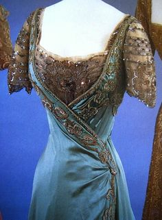 Detail  of an evening dress worn by Queen Maude of Norway, 1907-1909