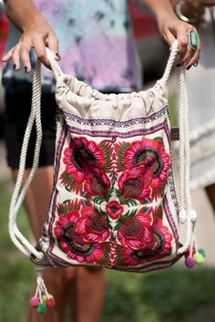 Indie Fashion From Pitchfork Music Festival 2011 Embroidered backpack Festival Mode, Festival Fashion, Festival Bags, Festival Style, Estilo Hippie, Hippie Boho, Bohemian Bag, Backpack Purse, Drawstring Backpack