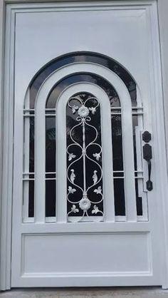 Puertas principales de forja herreria y forja puertas for Modelos de puertas principales