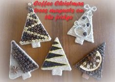 DIY Coffee Christmas Trees - magnets on the fridge Noel Christmas, Vintage Christmas, Christmas Ornaments, Christmas Craft Projects, Christmas Decorations, Cork Crafts, Diy And Crafts, New Year Diy, Bazaar Ideas