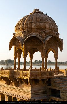 ॐ Chhatri (Hindu architecture Umbrella) in Lake Gadisagar, Jaisalmer, Rajasthan, India. Hinduism architecture 卐 ~proposal here Temple Architecture, Islamic Architecture, Beautiful Architecture, Beautiful Buildings, Beautiful Places, Jaisalmer, Varanasi, New Delhi, Amazing India