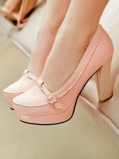 Love these pretty shoes! Even though my feet don't like high heels Pretty Shoes, Beautiful Shoes, Cute Shoes, Women's Shoes, Me Too Shoes, Shoe Boots, Pink Shoes, Pink Pumps, Shoes 2016