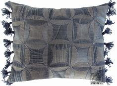 Cathedral Window quilt: RECYCLE your old jeans. By Handwerkjuffie.