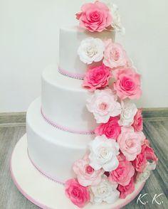 Wedding cake, fondant flower roses