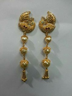 Ear rings Gold Jhumka Earrings, Unique Earrings, Peacock Earrings, 1 Gram Gold Jewellery, Gold Jewellery Design, Ruby Necklace Designs, Gold Pendent, Diamond Necklace Set, Trendy Jewelry