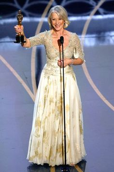The marked the first full decade for Oscar and with it established the beginning of the classic Hollywood era. Here are the Best Actress Oscar Winners. Academy Award Winners, Oscar Winners, Academy Awards, Oscar Academy, Oscar Gowns, Oscar Dresses, Ellen Degeneres, Helen Mirren Oscar, Best Actress Oscar