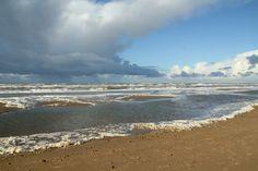 Nieuw in mijn Werk aan de Muur shop: Het strand van Wassenaar/ The beach of Wassenaar