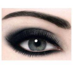 dark eye makeup