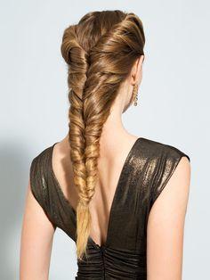 Ihr habt langes Haar und wollt es bei der nächsten Party zur Geltung bringen? Wir haben die perfekte Frisur für euch! So geht's…
