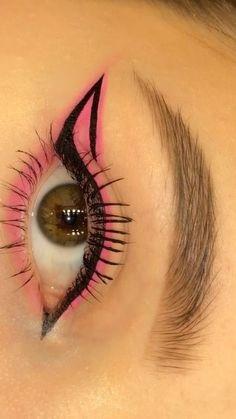 Edgy Makeup, Eye Makeup Art, Smokey Eye Makeup, Skin Makeup, Eyeshadow Makeup, Pink Eyeliner, Eye Brows, Color Eyeliner, Eyeliner Looks