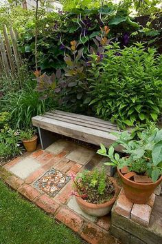 23 easy to make ideas building a small backyard seating area create a diy garden bench using items you already have at home Backyard Seating, Small Backyard Landscaping, Landscaping Ideas, Small Patio, Backyard Ideas, Patio Ideas, Outdoor Seating, Cozy Backyard, Outdoor Lounge