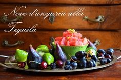 Watermelon Sorbet with Tequila+  Ingredients for 4-6 persons   2 lime  1, 5 kg watermelon  220 g sugar  2 tbsp lime jouice  80 cl Tequila  200 g blackberries   2 kiwi  1 bunch of black grapes  120 g cherries  4-6 figs