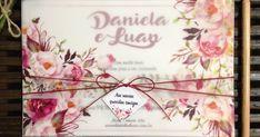 Olá    Hoje vou mostrar para vocês mais um convite de casamento que confeccionei recentemente, seguindo um estilo rústico, mas com a delicad... Boho Chic, Floral, Wedding Ideas, Invitation Ideas, Rustic Style, Invitations, Cards, Weddings, Florals