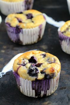 These Blueberry Oatmeal Greek Yogurt Muffins are bursting with blueberries and oats and make for a healthier muffin made with NO butter or oil! Perfect for breakfast, dessert or a light snack. Healthy Blueberry Muffins, Healthy Breakfast Muffins, Blueberry Oatmeal, Breakfast Dessert, Yogurt Breakfast, Breakfast Ideas, Oatmeal Blueberry Muffins Healthy, Healthy Muffins For Kids, Oatmeal Pancakes