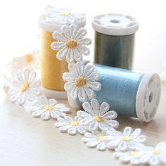Prezzo più basso 1 yard margherita fiore del merletto del tessuto poliestere handmade diy lace trim cucito mestieri del bambino bambole accessori per capelli