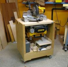 Flip Top Tool Stand