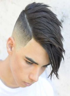 Long Comb Over + Undercut Fade - Maennerfrisuren.Club - Long Comb Over + Undercut Fade - Clean Cut Haircut, Fade Haircut, Boy Haircuts Long, Haircuts For Men, Boys Long Hairstyles Kids, Teenage Boy Hairstyles, Cool Boys Haircuts, Medium Haircuts, Undercut Hairstyles