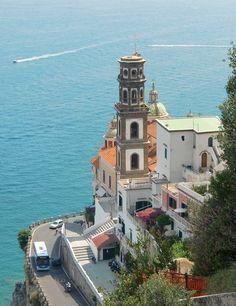 Amalfi Coast in Italy. #WorldBeautifulPlaces #Italy