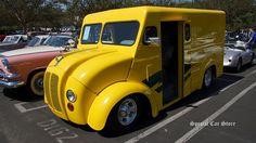 1946 Divco Custom Milk Truck at Auctions America California 2014: http://www.specialcarstore.com/content/auctions-america-trading-horses