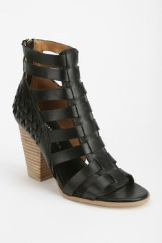 Report Owen Caged Boot #urbanoutfitters