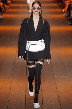 Défilé DKNY Printemps-été 2017 9