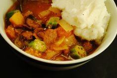 African Vegan Veggie Stew with Tomatoe-Onion-Squash-chilly Peppers and Mash-Potatoe! Flour Mill Machine, Corn Maize, Seitan, Vegan Dishes, Chana Masala, Soul Food, Stew, Meals, Dinners