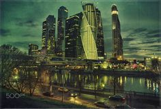 In the headlights - Moscow river and City