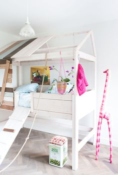 #binnenkijken #bedroom #girls #treehouse #white #pink | VTwonen