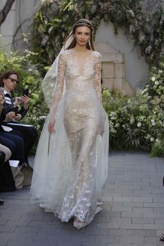 Bridal Fashion Week Spring 2017 | Monique Lhuillier #bridal #bride #noiva #bridalfashionweek #wedding