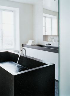 Recycled plastic Durat solid surfaces #recycled #sustainable #interiordesign