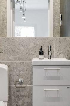 Bathrooms, Sweet Home, Vanity, House, Ideas, Home Decor, Beach, Dressing Tables, Powder Room