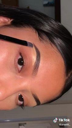 Eyebrow Makeup Tips, Edgy Makeup, Dark Skin Makeup, Natural Eye Makeup, Makeup Videos, Eyeshadow Makeup, Makeup Eyes, Natural Skin, Grunge Makeup Tutorial