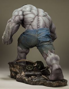 Sideshow Grey Hulk Premium Format Figure Photos & Order Info ...