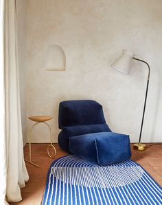 Week of September 2019 This week: the latest work by Jonathan Muecke, curvy and blobby furniture, and paintings by Brian Rideout based on interior photography. Home Interior, Modern Interior, Interior Architecture, Interior And Exterior, Interior Decorating, Interior Photography, Home And Deco, Decoration, Colorful Interiors
