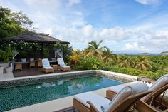 Relaxing under the warm Mustique sun at Tetto Rosso .... Can't wait to be back in this pool next fall :-)