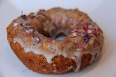 Earl Grey Donut | Cartems Donuterie
