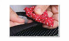Forre seu chinelo de dedo de um jeito diferente e faça uma linda sandália. O resultado é tão charmoso que dá até para vender!