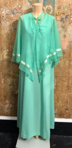 Silverstar Light Green Maxi Dress With Cape Vintage Clothing, Vintage Outfits, Green Maxi, Cape Dress, Online Price, Dresses With Sleeves, Long Sleeve, Clothes, Ebay