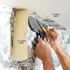 Use a drywall knife as a straightedge. Loads of great wallpapering tips Wallpaper Roller, Diy Wallpaper, Wallpapering Tips, Natural Sponge, How To Install Wallpaper, Used Vinyl, Practical Gifts, Unusual Gifts, Wall Treatments