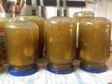 Rebarborový džem se zázvorem recept Kimchi, Preserves, Pickles, Whiskey Bottle, Food And Drink, Pudding, Drinks, Cooking, Tableware