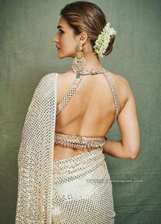 Looks To Steal From Ganesh Chaturthi Celebration Of Bollywood Celebs Kriti Sanon Saree, Wedding Decor, Wedding Bride, Sari Blouse Designs, Blouse Styles, Golden Blouse Designs, Choli Designs, Indian Blouse, Indian