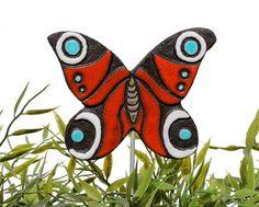papillon art des jardins - plantes jeu - décor de jardin - papillon ornement - papillon en céramique - paon - rouge - turquoise