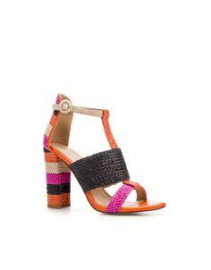 WOVEN THONG SANDAL - Shoes - Woman - ZARA United States