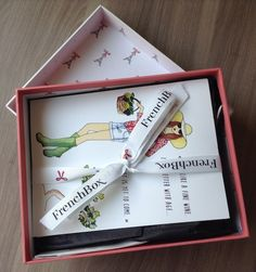 French Box Subscription Review - September 2014 Unboxing