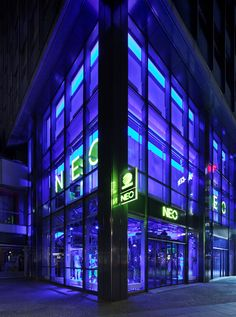 Adidas NEO flagship store, Berlin store design
