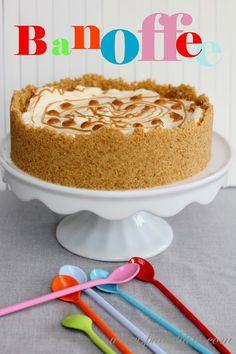 Pullahiiren leivontanurkka: Banoffee-piirakka Banoffee, Vanilla Cake, Cake Decorating, Cheesecake, Baking, Sweet, Desserts, Cakes, Pastries
