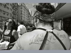 Un tatuaje, una cicatriz, un destino… afinidades de seres que conviven en una misma ciudad.  Afinidades---------------> Gustavo Salgado www.revistamuu.com